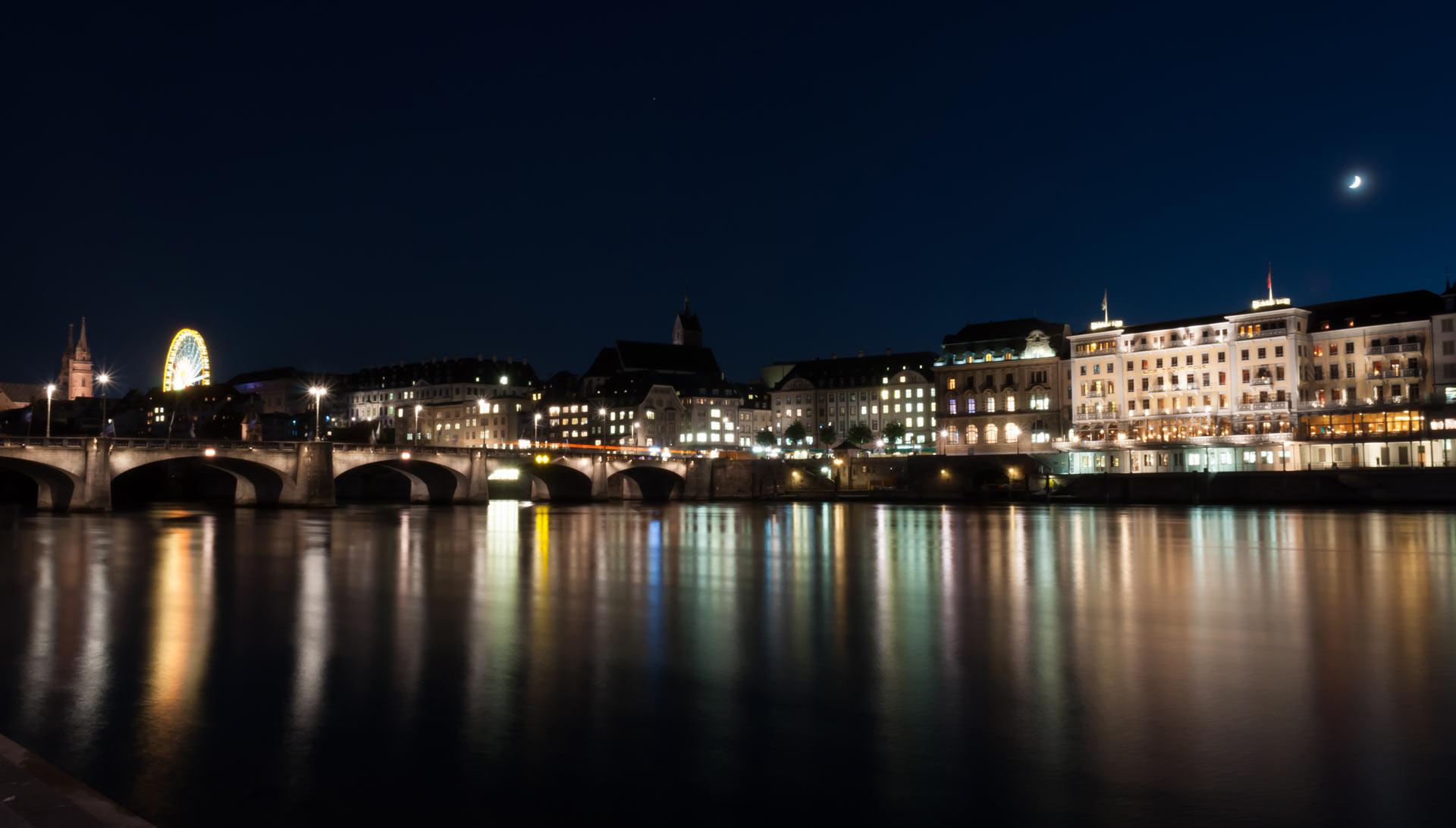 Basel Langzeitbelichtung Rhein 4 - Contact